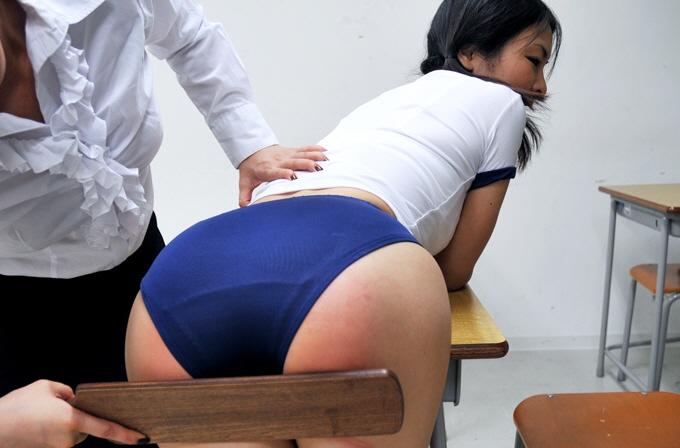 【スパンキング】JKの痛々しいお尻の画像集(33枚)・16枚目
