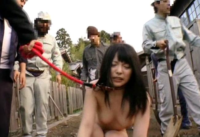 性奴隷として買われたオンナ、家畜以下でドン引き・2枚目