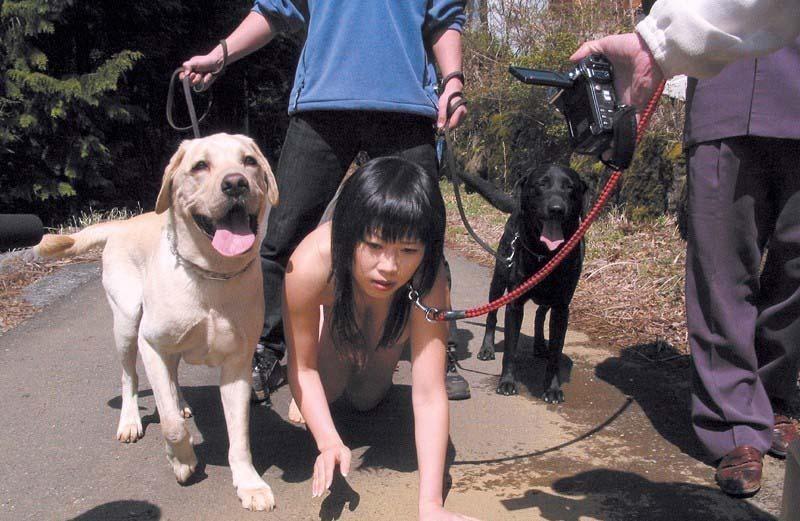 調教されたうちの雌犬をご覧ください。(画像あり)・14枚目