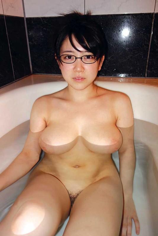 地味だが体がエロい女のエロ画像が抜けるwwwwwwwwwwww(画像あり)・14枚目