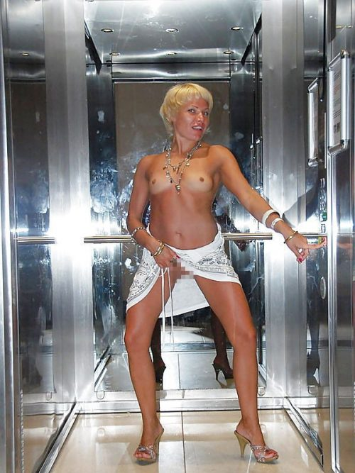 【露出狂】エレベーター開いたらこの状態だった時wwwwwww(画像32枚)・7枚目
