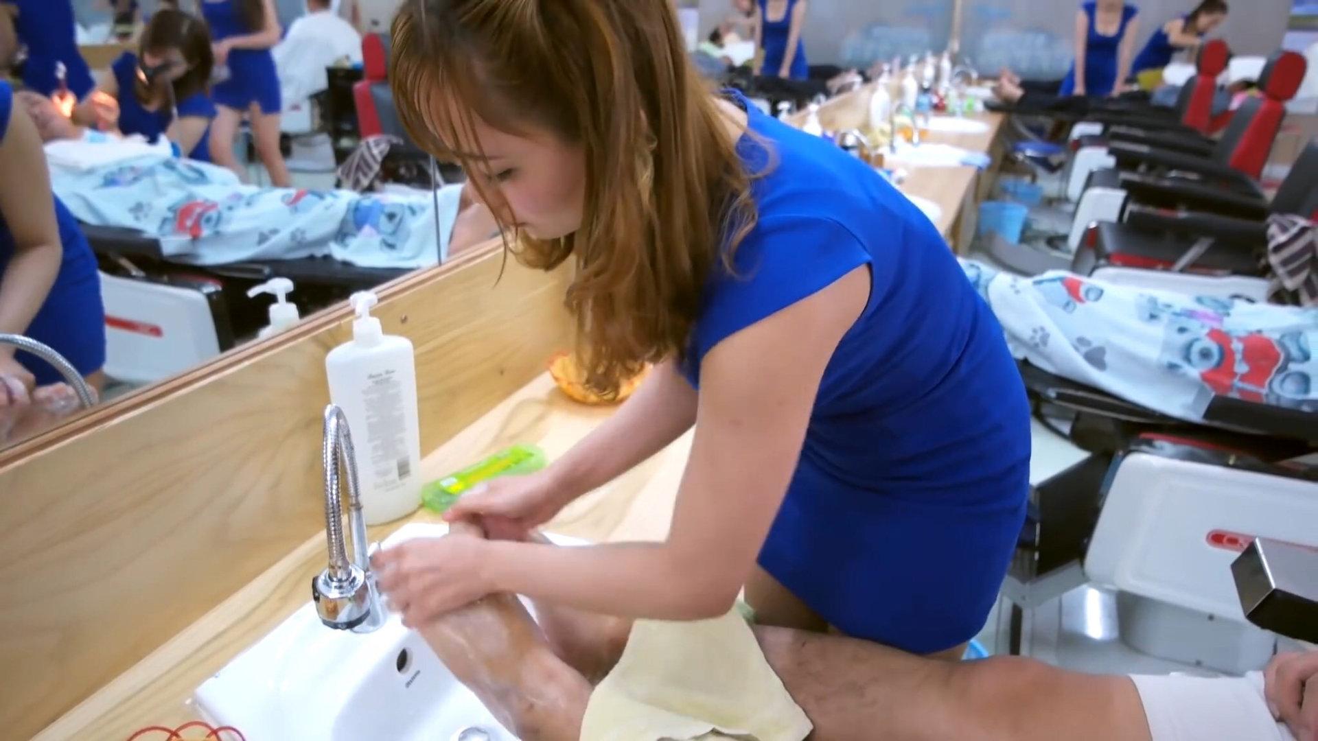 1000円で体験できるエロサービスが凄すぎる理髪店wwwwwww(画像あり)・2枚目