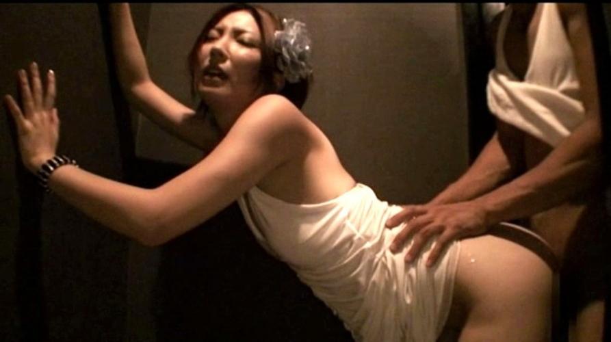 夜の街で男を喰い物にするキャバ嬢の枕営業の様子をご覧ください。(画像あり)・31枚目