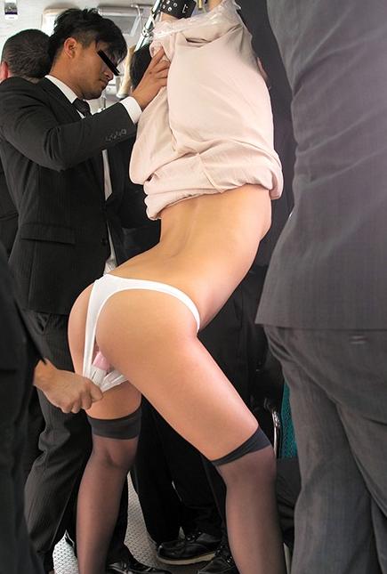 スカート巾着吊りとかいうプレイがマジキチすぎて草wwww(画像あり)・2枚目