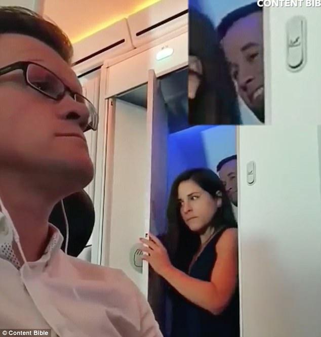 フライト中の飛行機内でセックスしてるヤツ・・・・・(画像あり)・1枚目