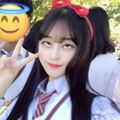 韓国の若者の間でアヘ顔自撮りが流行中らしい・・・・・(画像あり)・17枚目