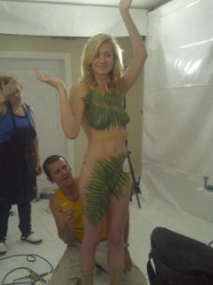 【流出】ハリウッド女優さん、拡散されまくったエロ画像。マンコはアカンやろ・・・(画像あり)・19枚目