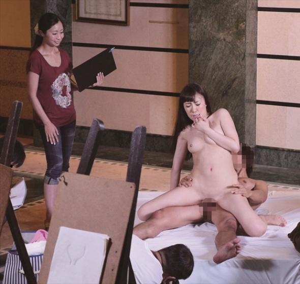 【不可抗力】ヌードモデルさんにハメポーズを要請してみた結果・・・勃起不可避wwww(※画像あり)・26枚目