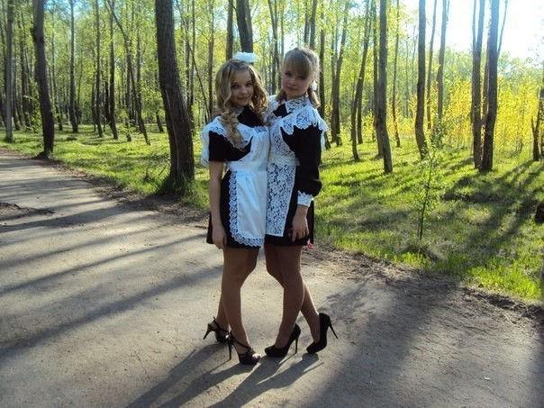 卒業式でメイド姿になるロシアの女学生がくっそエ口すぎるんだがwwwww(勃起確定)・30枚目