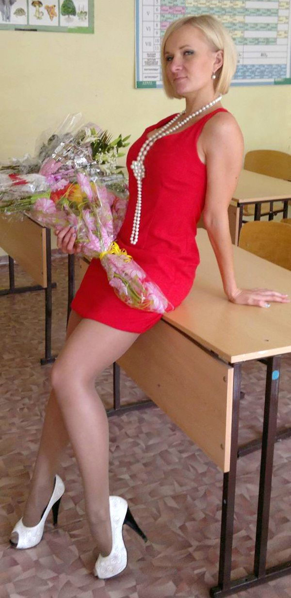 ロシアの女教師エロすぎて無事撮影されてトップを飾るwwwww(画像あり)・15枚目