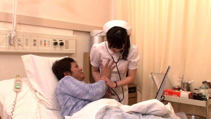 【これはアウト】看護師への過激すぎるセクハラ画像集(24枚)・24枚目