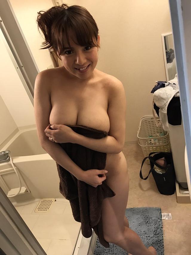 セクシー女優さんのオフショット生々しくてエッッッッッッッッッッッロ!!!(画像32枚)・1枚目