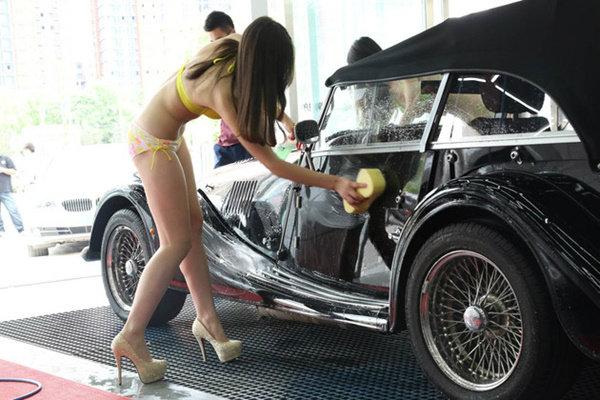 女体洗車とかいう変わったセクシーサービスが神杉wwwwwwww(画像あり)・14枚目