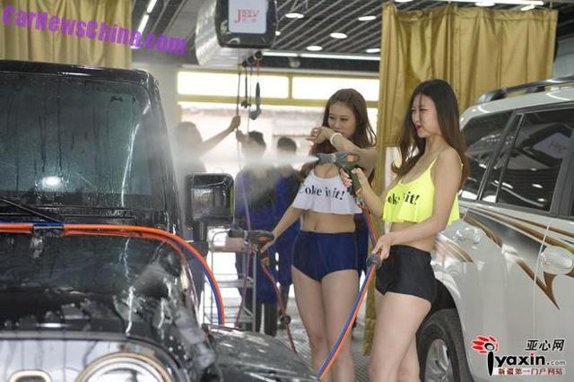女体洗車とかいう変わったセクシーサービスが神杉wwwwwwww(画像あり)・23枚目