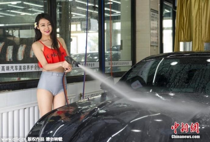 女体洗車とかいう変わったセクシーサービスが神杉wwwwwwww(画像あり)・29枚目