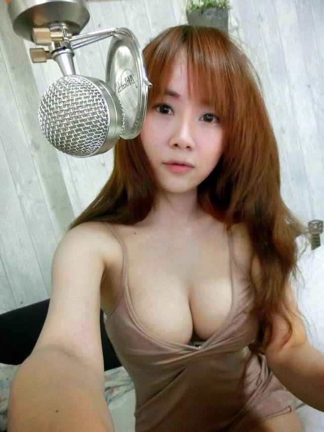 【女神】裏垢でエッチな自撮り画像をうpする台湾美女たち。。(36名)・8枚目