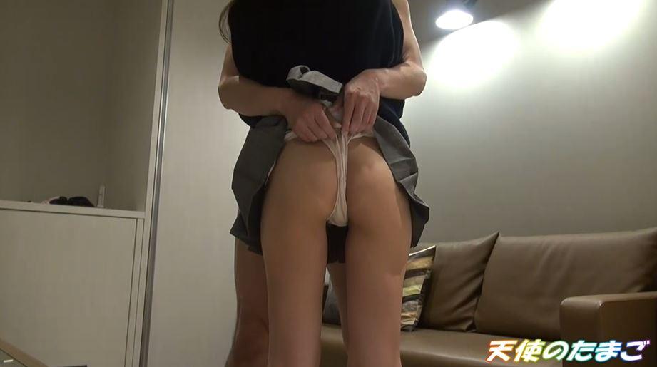 【援○】簡単に股を開いちゃう制服まんさんのエロ動画。。これイイわwwwww・6枚目