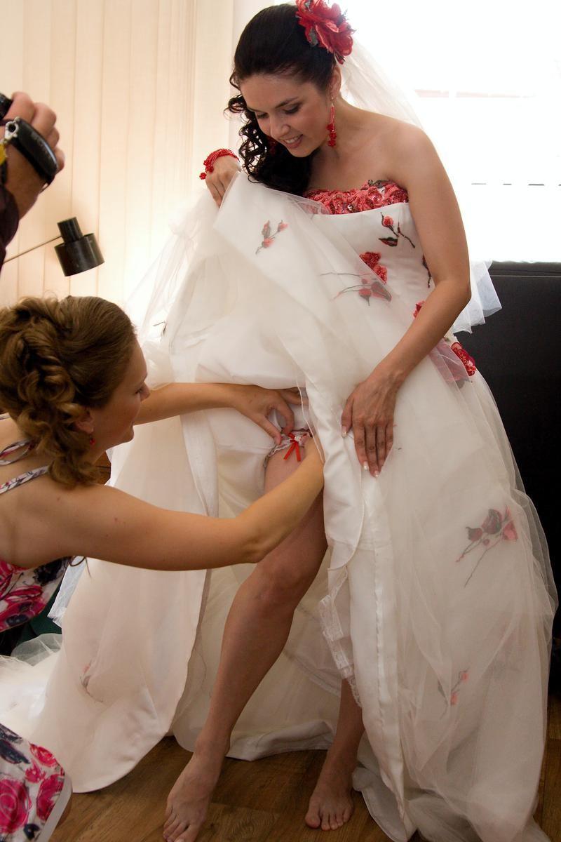 海外の結婚式のビデオ撮影は着替えから記録するらしいwwwwww(画像あり)・13枚目