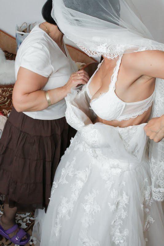 海外の結婚式のビデオ撮影は着替えから記録するらしいwwwwww(画像あり)・6枚目