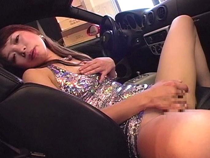 渋滞中に助手席でオナっちゃう淫乱ビッチたちwwwwwwwww(画像23枚)・14枚目