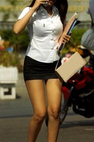 タイの制服JDまんさん、おっぱい重量感凄過ぎワロタwwwwwww(画像あり)・21枚目