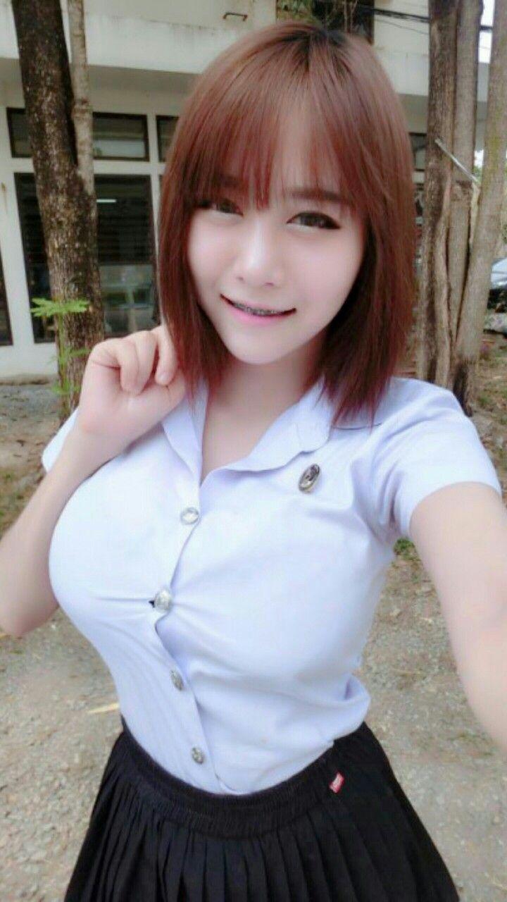 タイの制服JDまんさん、おっぱい重量感凄過ぎワロタwwwwwww(画像あり)・3枚目