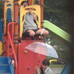 近所の公園でJKが野ションしてるんだがwwwwwwww(※画像あり※)