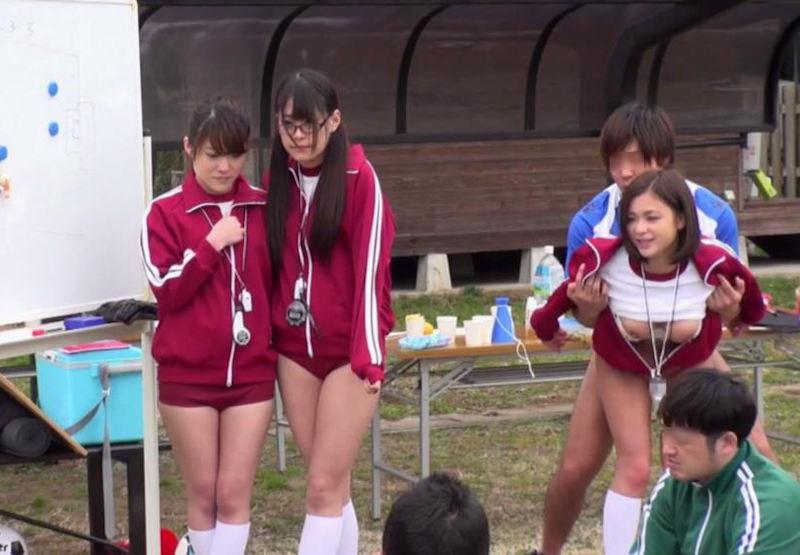 【悲報】押しに弱い女の子が運動部のマネージャーになった結果・・・・・(画像あり)・15枚目
