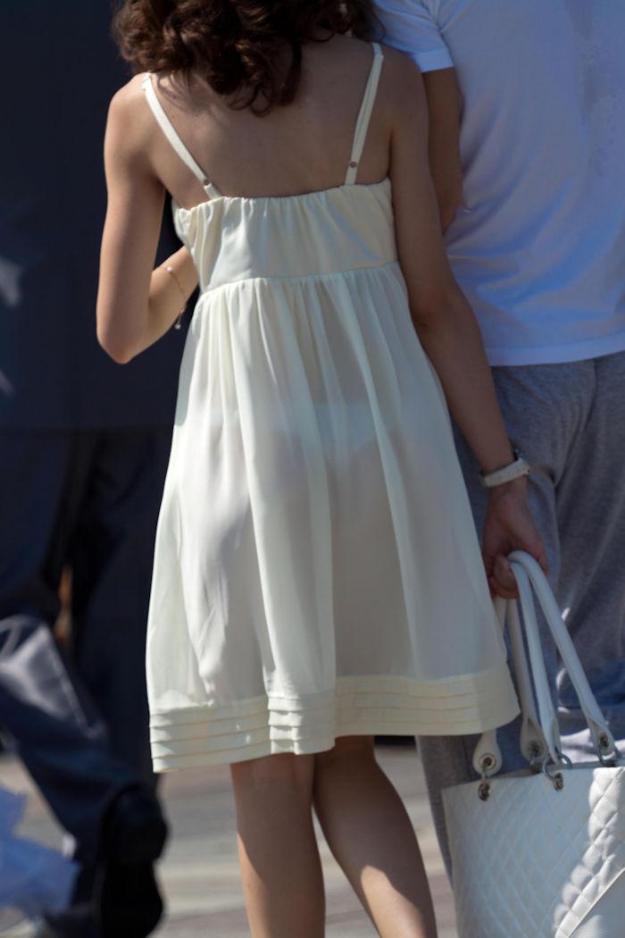 夏になると街中で見かける透けファッション、さすがに過激すぎるwwwww(画像あり)・16枚目