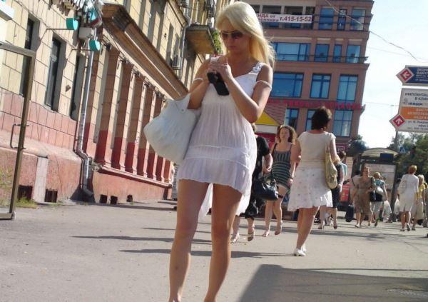 夏になると街中で見かける透けファッション、さすがに過激すぎるwwwww(画像あり)・19枚目