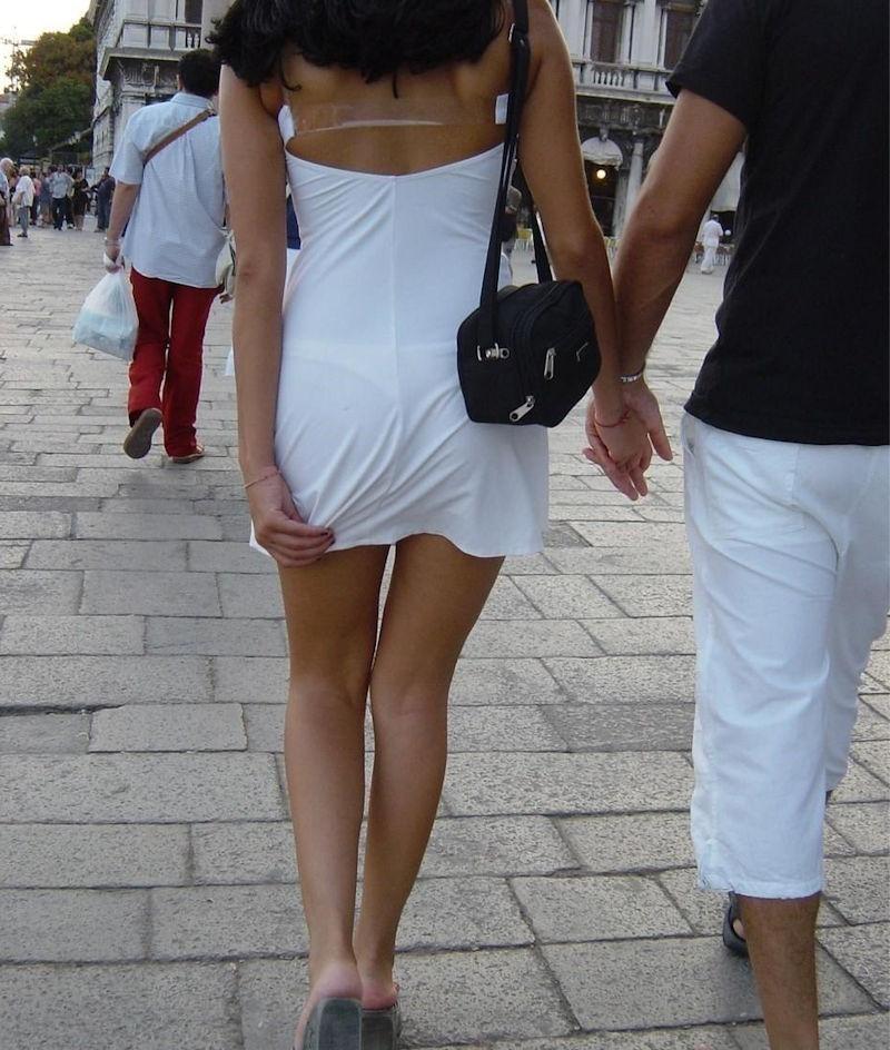 夏になると街中で見かける透けファッション、さすがに過激すぎるwwwww(画像あり)・26枚目