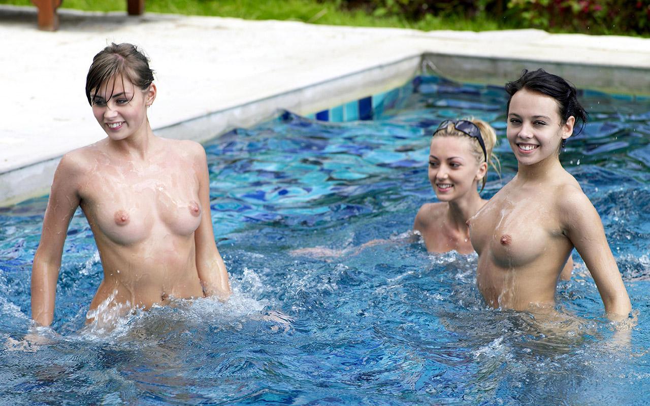 夏のプールで乳首全開放してるセレブ達wwwwwwwwwwww(画像37枚)・14枚目