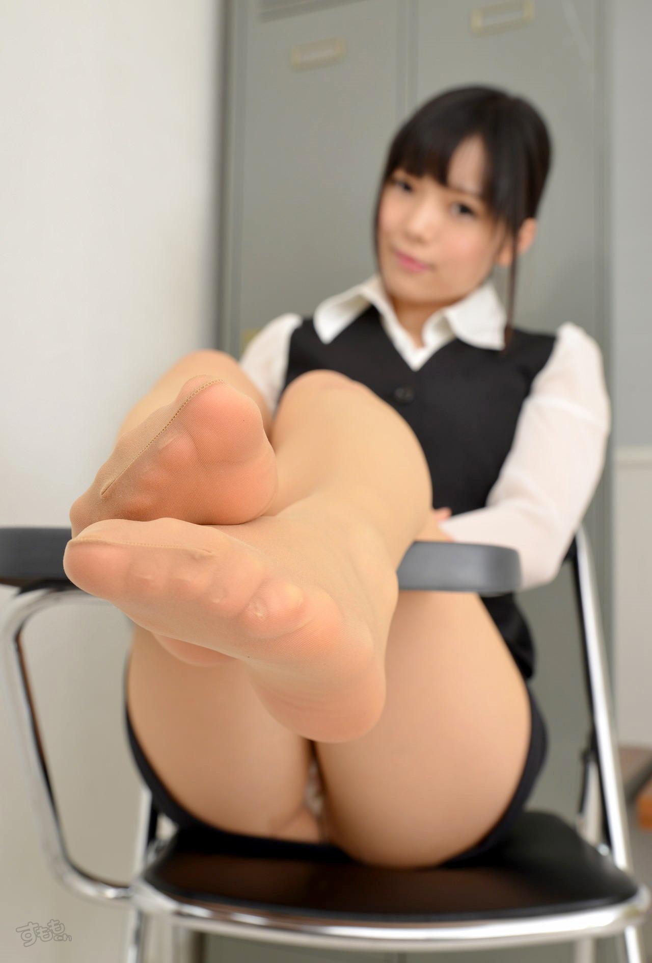【フェチ】美女の足裏の興奮度は異常wwwwwwwww(画像20枚)・8枚目