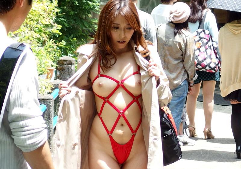 裸で割と本気で露出してる痴女wwwwwwwwwww(画像37枚)・8枚目