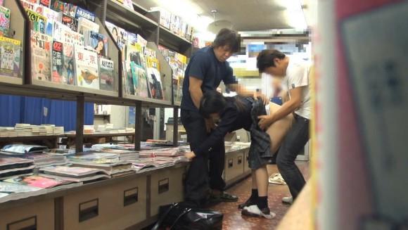 近所の本屋さえ行かせられない日本\(^o^)/オワタwwwwwww(画像あり)・32枚目