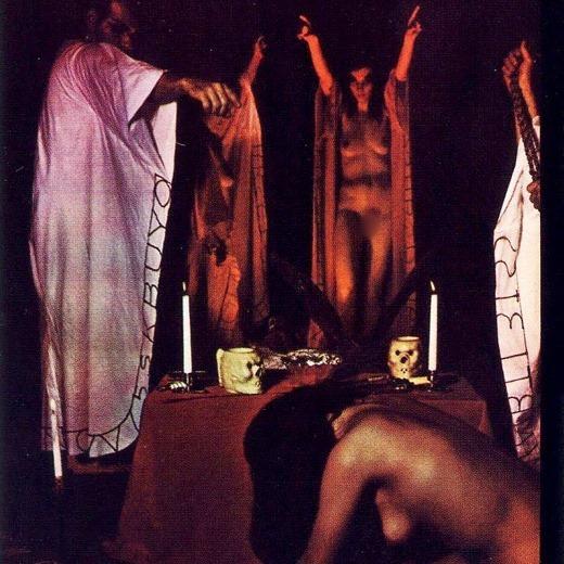 女を生贄にする海外のエロい儀式。(画像34枚)・20枚目