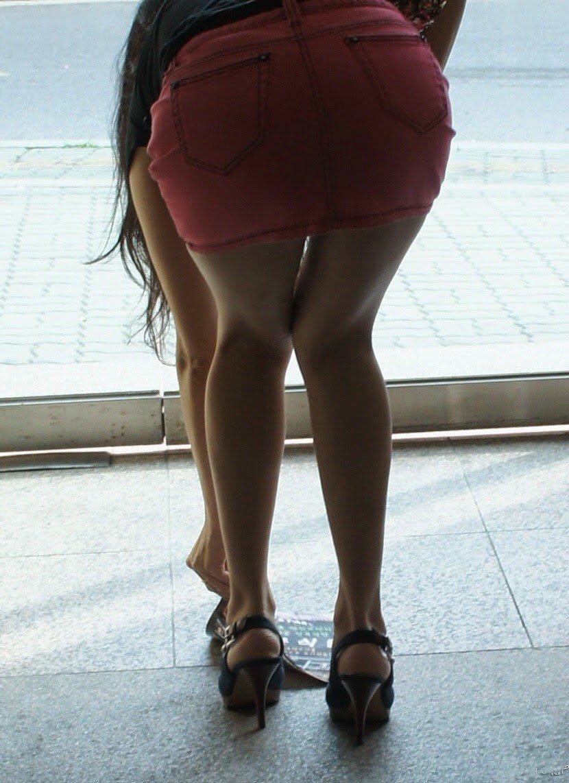際どいファッションで街中を歩く半露出狂の韓国女性たち(画像25枚)・20枚目