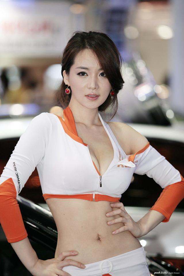台湾や韓国のキャンギャル、レースクイーン可愛すぎるンゴ(*´Д`)wwwww(・7枚目